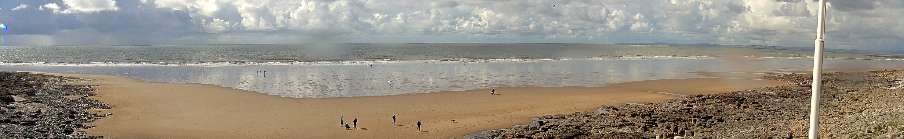 Webcam mais recente para Porthcawl - Rest Bay