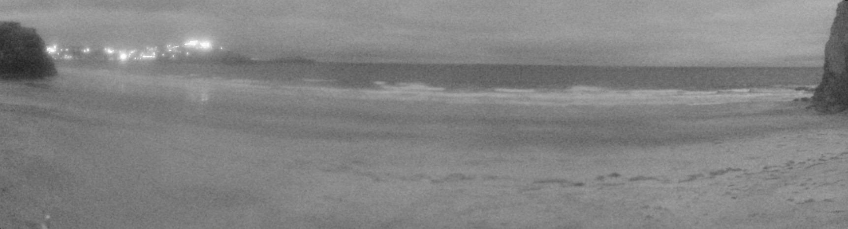 Latest webcam still for Newquay - Tolcarne Wedge